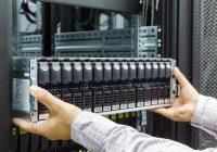 Vertiv、エッジコンピューティング用に設計されたラックとPDUを発表