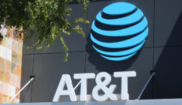 AT&T CEO「今は戦時下のようなものとして見ている」