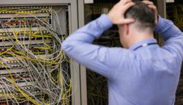 エンジニアが重要なパッチを誤抜去、Cloudflareが停止